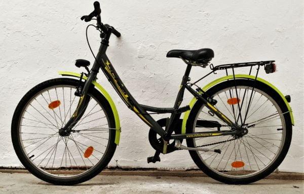 Stoere zwart-groene fiets 24.16