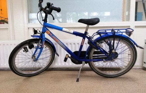 Stoere blauwe fiets • 22.5