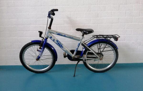 Stoer zilveren fietsje • 20.16